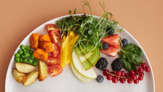 A plat of fresh fruits & veggies